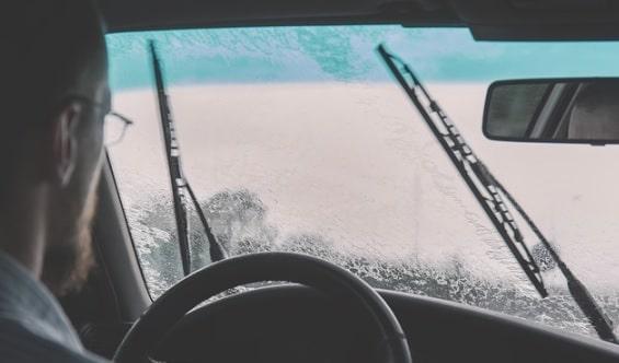Alasan 6 Komponen Mobil Ini Perlu Dicek Saat Musim Hujan