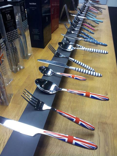 Pearl's Harbor Blog: Ambiente 2013 Frankfurt - Messer mit Union Jack und mit Punkten und Streifen