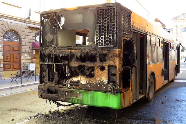 Burned bus, via Magenta, Livorno