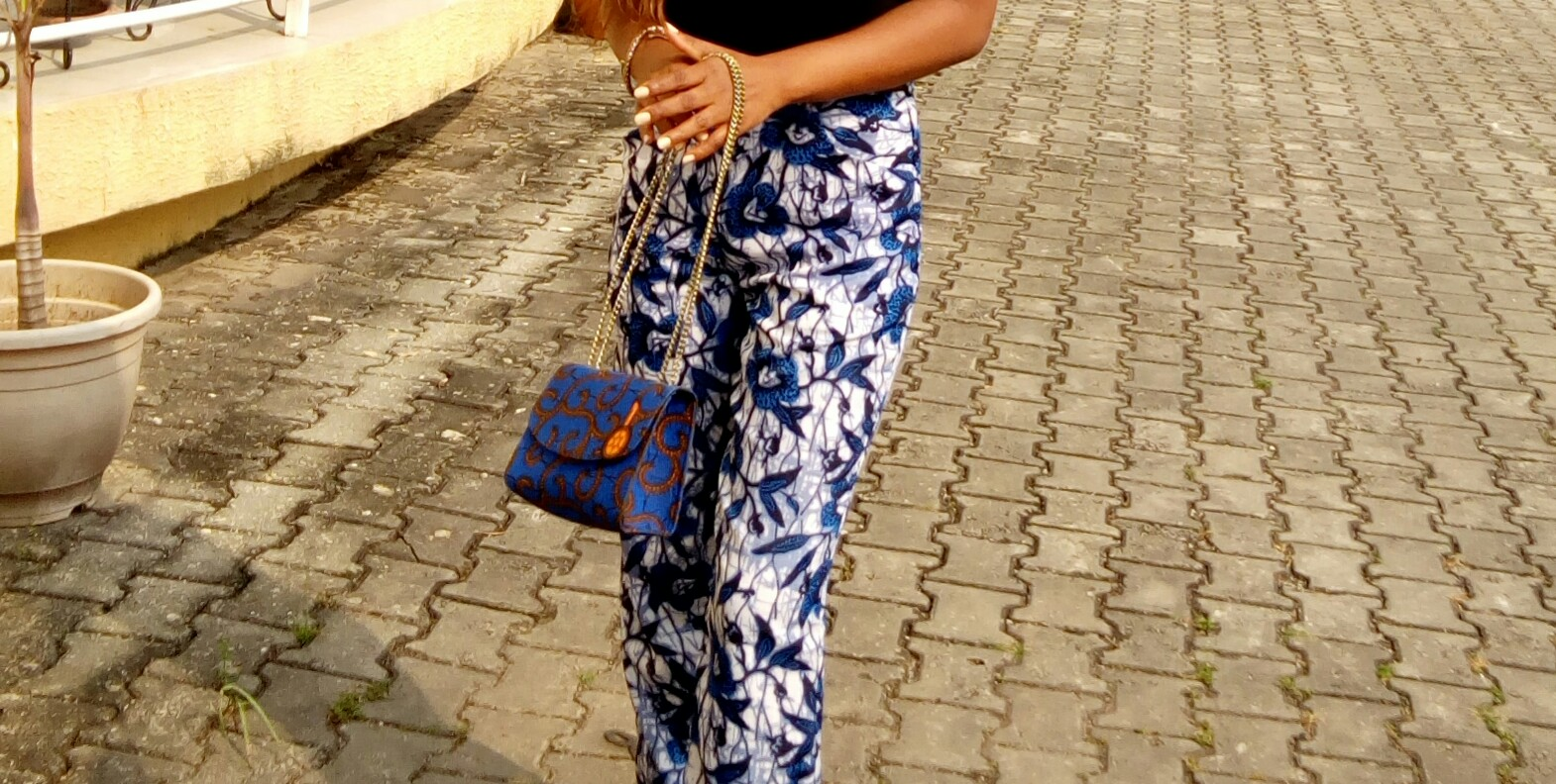 new-year-ankara-pants-flared-pants-style-post-fashion-diary-ankara-bag-prints-hair-makeup-subtle-makeup-natural-makeup-simple-makeup-look-lookbook-fashion-style-lifestyle-valentines-outfit