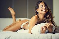 http://modamaniastyle.blogspot.it/2015/12/mariana-rodriguez-in-abito-bianco-per.html