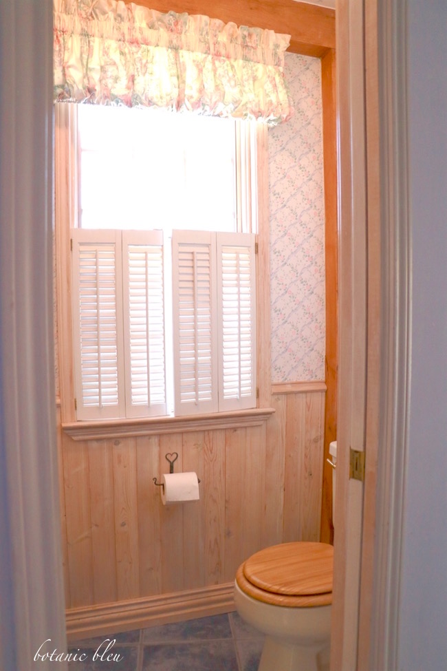 white-washed-pine-bead-board-wainscoting