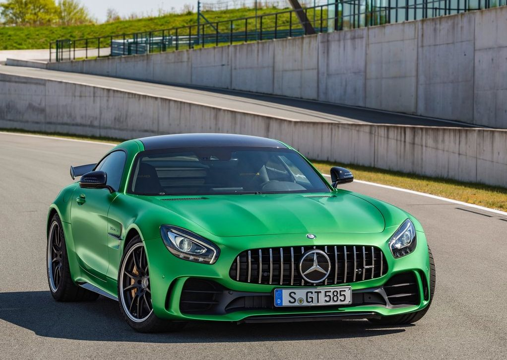 2017 mercedes benz amg gt r autonewcarsblog for Sports car mercedes benz