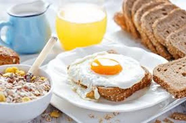 नाश्ते में जरूर खाएं अंडे, मिलेंगे ये फायदे