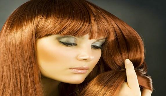 Penyebab dan Cara Mengatasi Rambut Rontok secara Alami