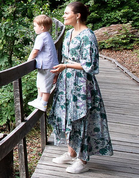 Skäralid Natural Playground in Söderåsen National Park in Skåne. Crown Princess Victoria wore Dagmar Amelia dress