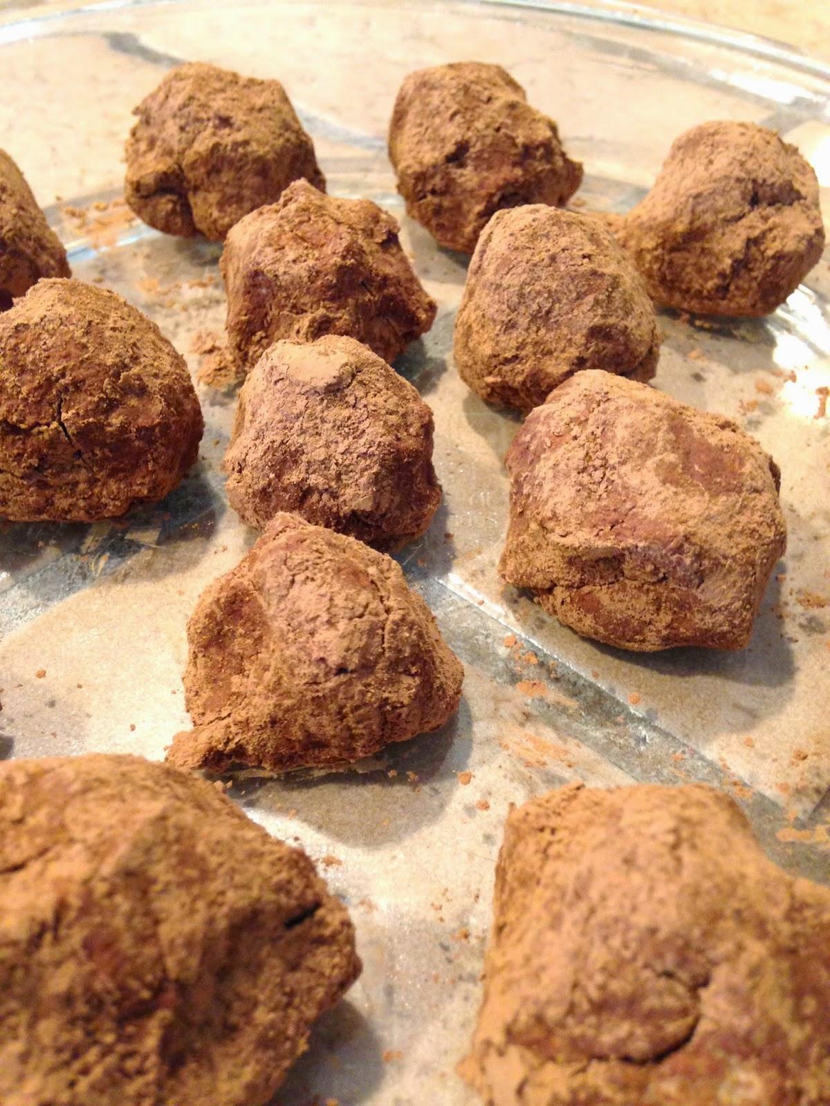 No-Bake Gingerbread Cheesecake Bites (#MadeWithChobani)