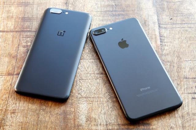 """iPhone 7 Plus lần đầu tiên bị vượt mặt, mất ngôi """"smartphone nhanh nhất thế giới"""""""
