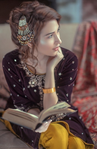 3a4536b1d Generation Formal Wear Velvet Pret Winter Collection 2015-2016 ...