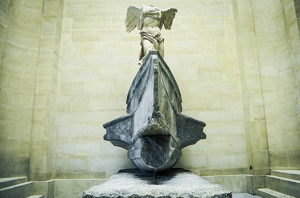 The Louvre,The Winged Victory of Samothrace