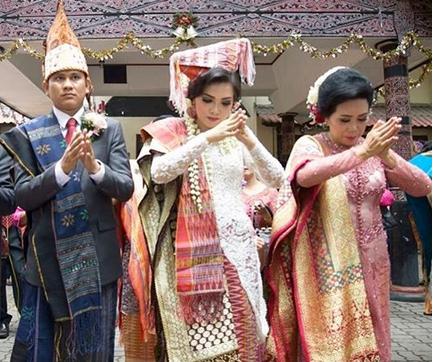 Inspirasi Baju Pengantin Adat Batak Modern Toko Spesialist Kebaya