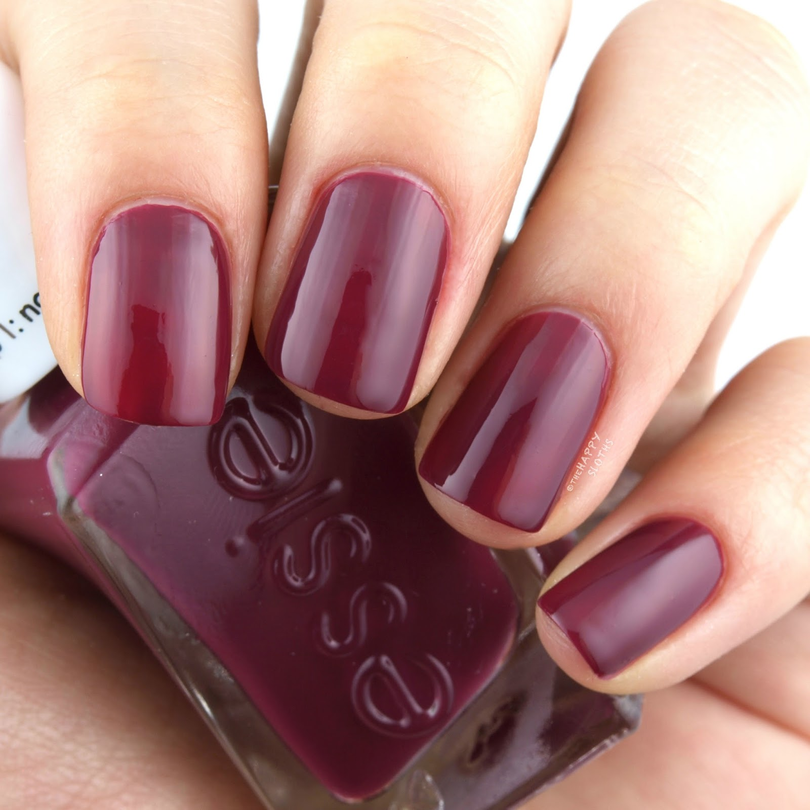 "Essie Gel Couture Bridal 2017 Collection in ""Berry in Love"": Review and Swatches"