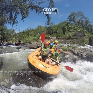 Rafting di Subang