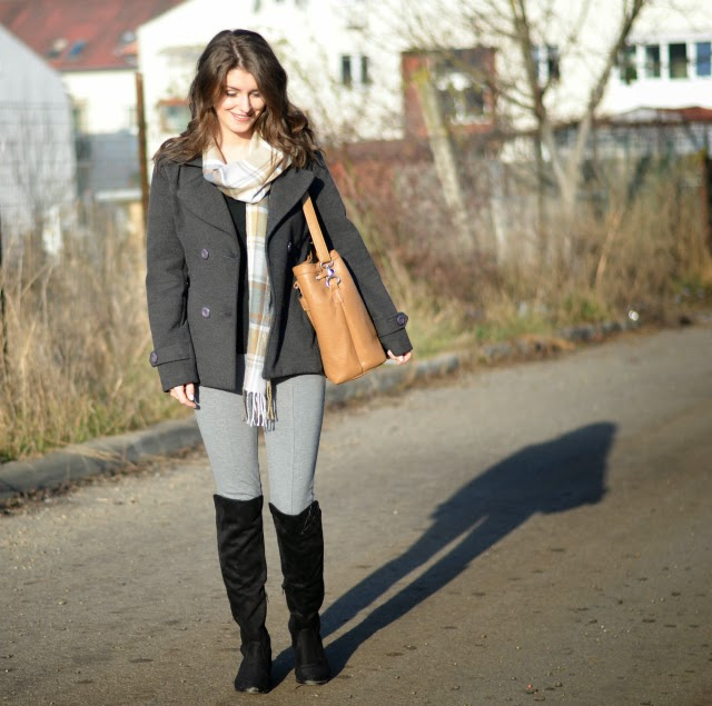 grey leggings outfit ideas