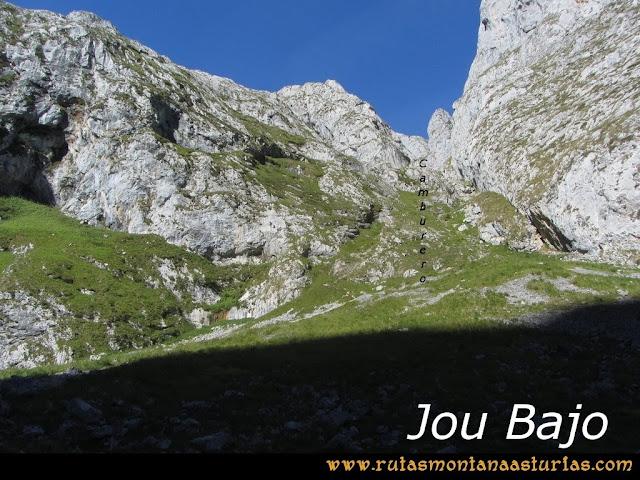 Ruta Poncebos a Cabrones por Camburero y Urriellu: Canal de Camburero desde Jou Bajo