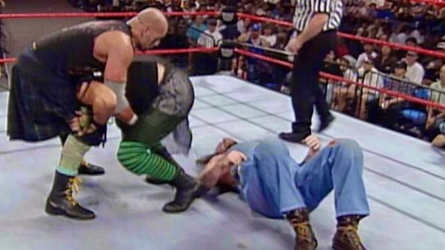 WWF / WWE - Survivor Series 1997 - The Godwins battle The Headbangers in the opening tag match