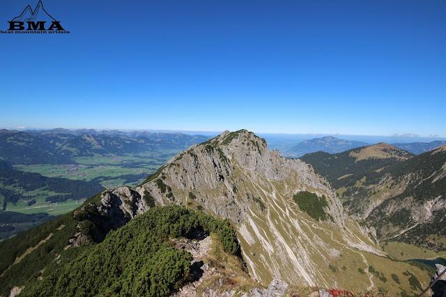 Ausblick Gaisalphorn wandern Rubihorn Oberstdorf Allgäu Heimplanet Zelt The Wedge Test
