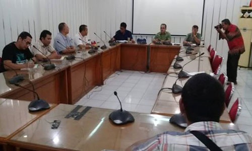 Wakil Ketua DPRD Kota Padang, Wahyu Iramana Putra Tanggapai Aspirasi Anggota SPSI