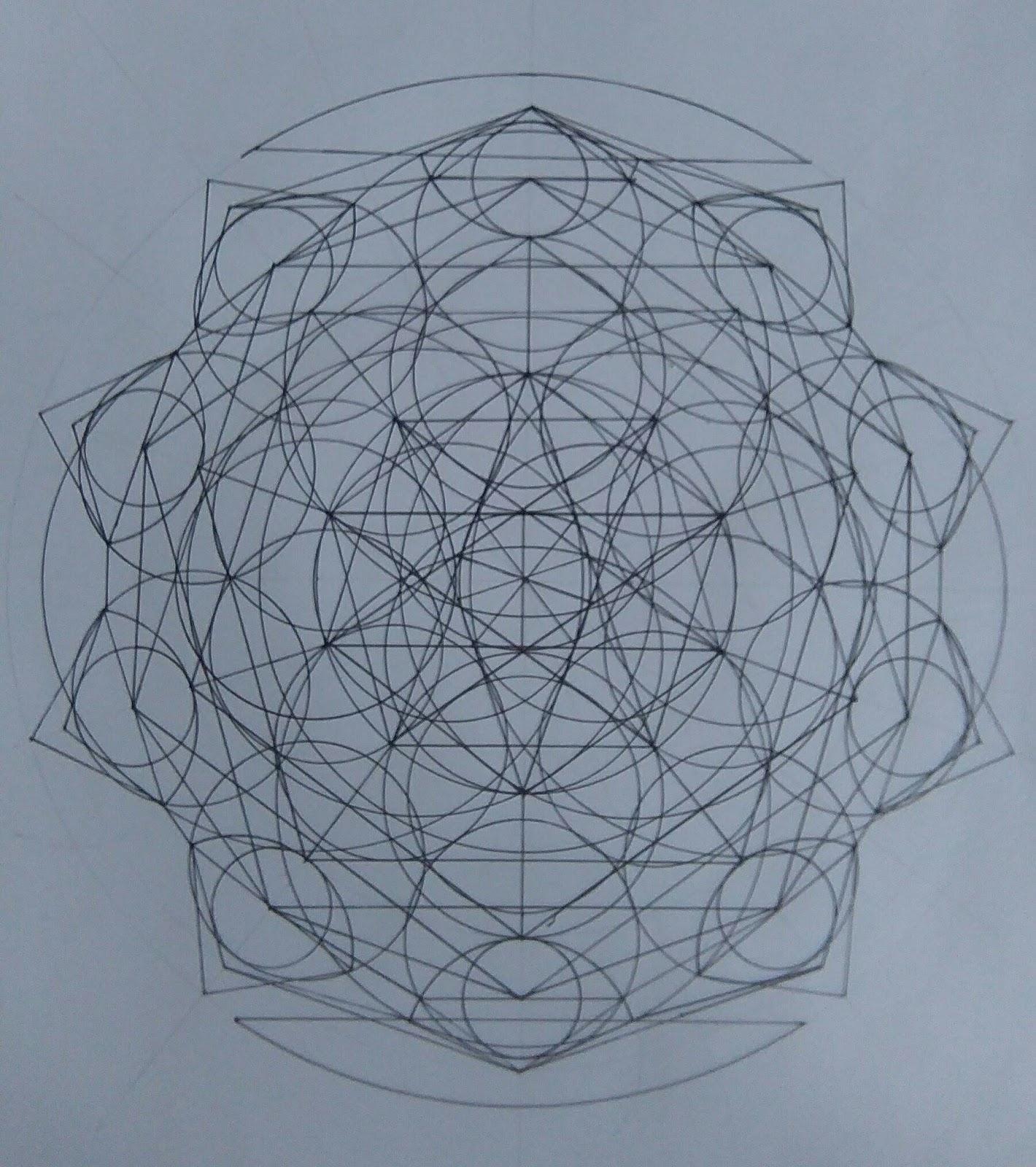 [SPOLYK] - Geometries & sketches - Page 6 47389757_1100165783503438_111108192607404032_o