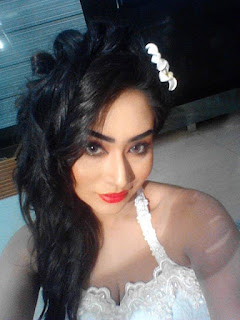 Zakia Bari Momo Hot and Sexy Selfie
