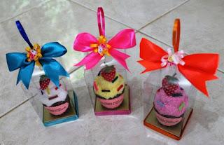 souvenir pernikahan handuk, cake souvenir,towel cake murah,souvenir unik,cake,sovenir pernikahan,souvenir pernikahan unik,grosir souvenir,souvenir towel,towel souvenir,jual souvenir,