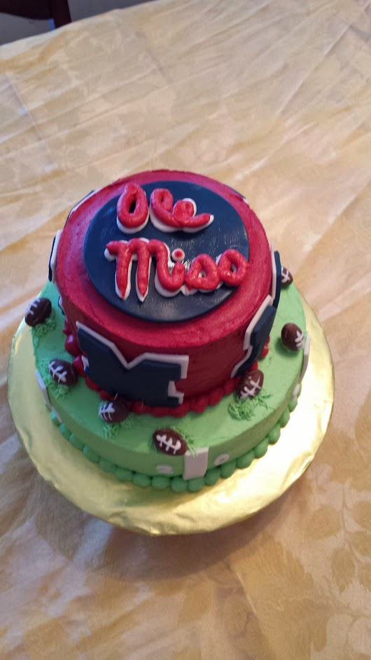 Cake for an Old Miss Fan