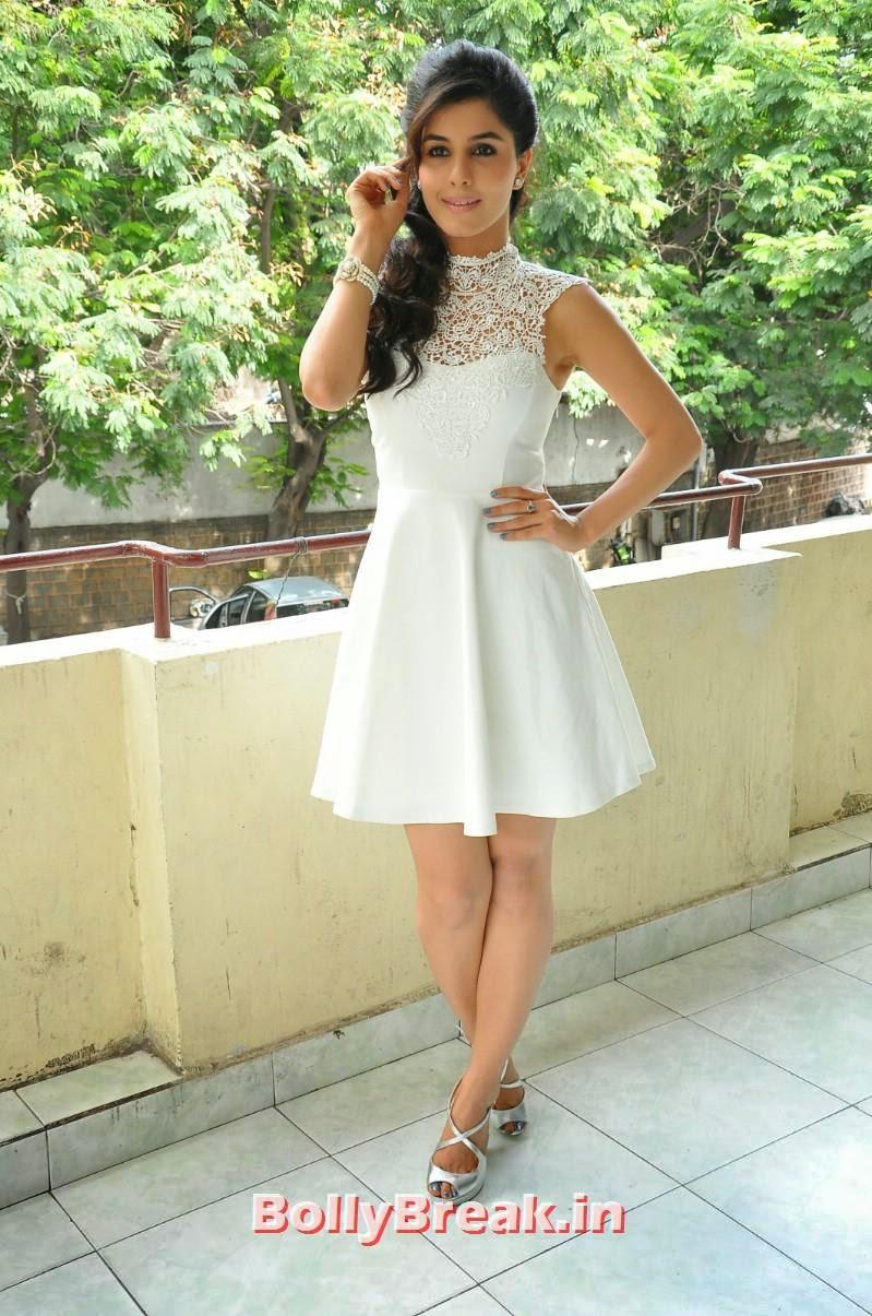 16, Isha Talwar Latest Photoshoot Pics in White Dress