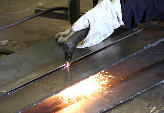 What Do the Steel Fabricators Do and How to Choose Steel Fabricators?