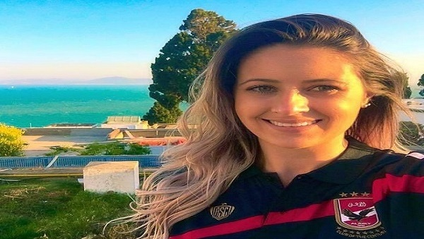 """البرازيلية """"تاينارا"""" تكشف سبب انضمامها للأهلي"""