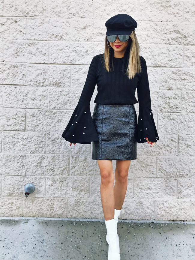 Black Bell sleeve, Patent skirt Style, Winter Chicago Style, How to Wear all Black, Jennifer Worman, Chicago Style Blogger