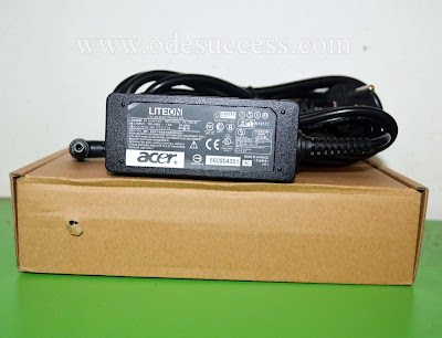Adaptor Charger ACER One 14 Z1401 Z1402 - 19V 2.1A Original