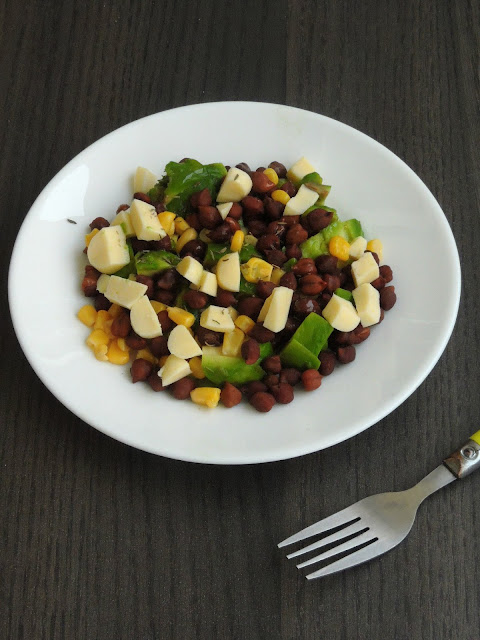 Cheese Vegetable & Chickpeas Salad
