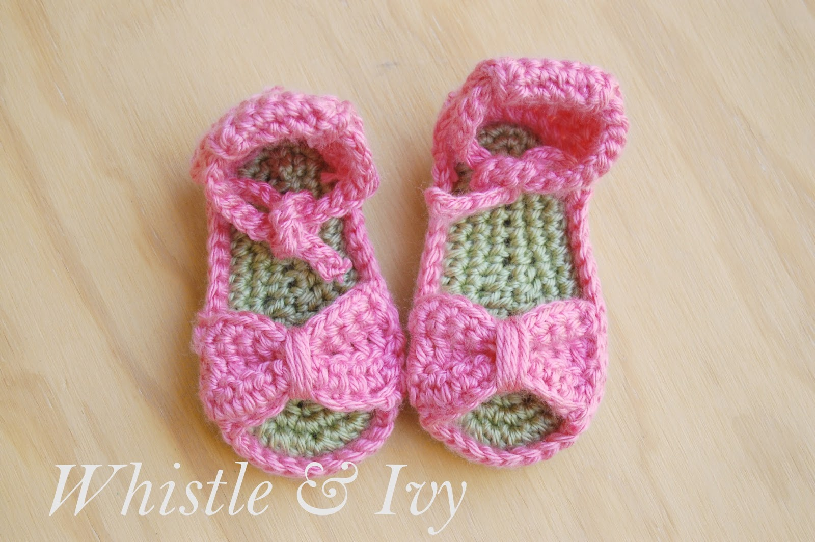 Bitty Bow Baby Sandals Pattern - Whistle and Ivy