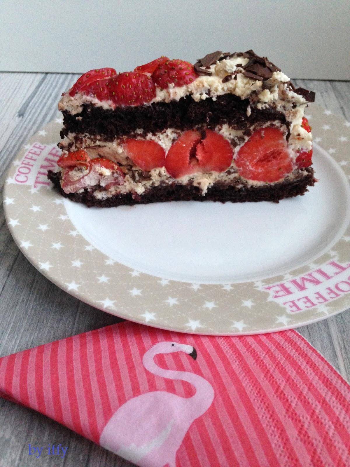 I TEST FOR YOU :-): Sonntagskuchen: Erdbeere Stracciatella Traum