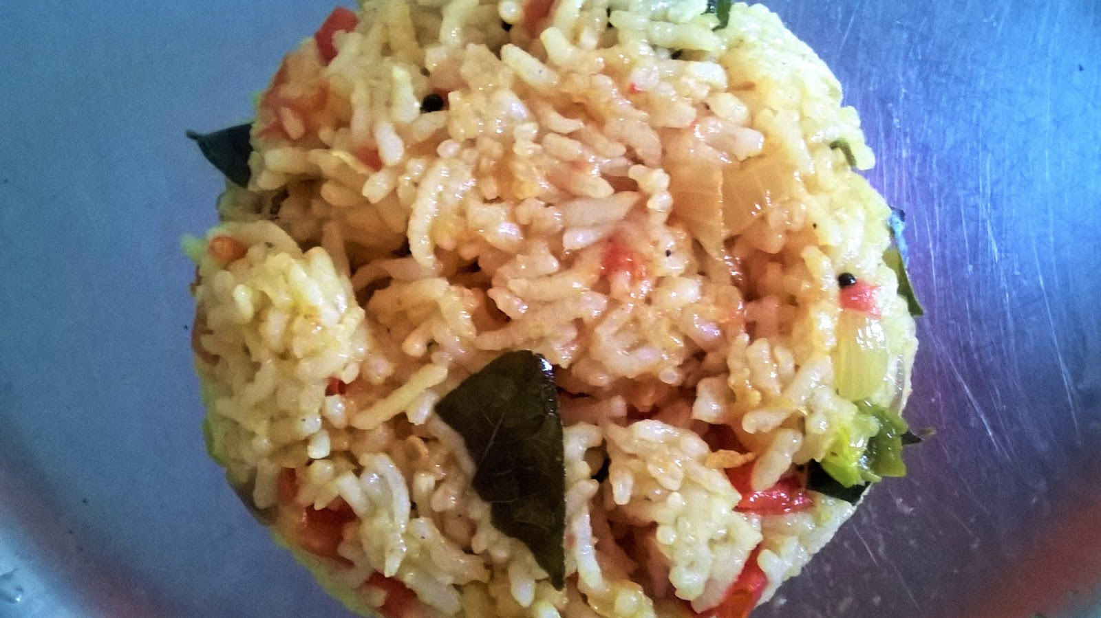 Sanchayah tomato rice ingredients 1 cup cooked rice rice cooked in pressure cooker 1 tbsp oil2 tomatoes roughly chopped 1 onion thinly sliced 1 2green chillies finely ccuart Choice Image