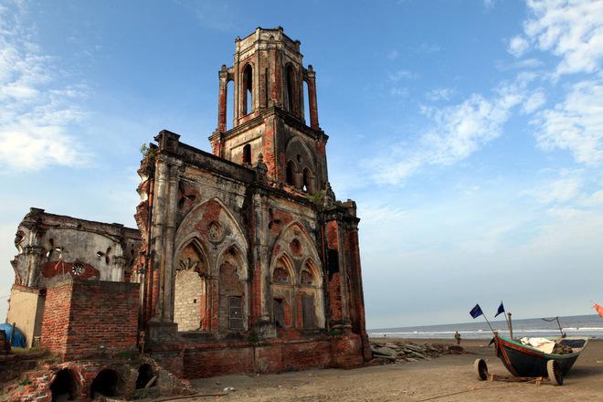 Nam Dinh Vietnam  City pictures : ruined cathedral hai hau nam dinh vietnam 1