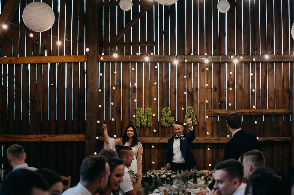 folwark wiązy rustykalne wesele fotografia ślubna kraków