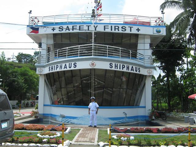 shiphaus bohol