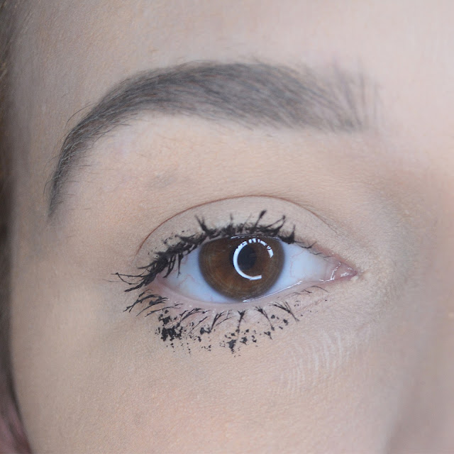 Benefit Bad Gal Bang! Mascara Review, Lovelaughslipstick Blog