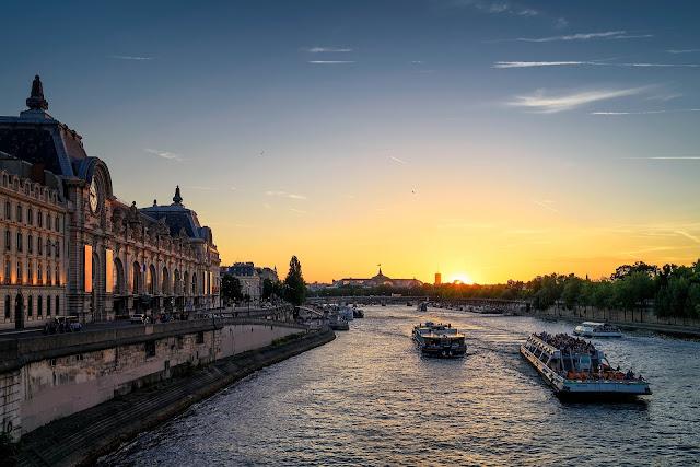 Paris bateau mouche