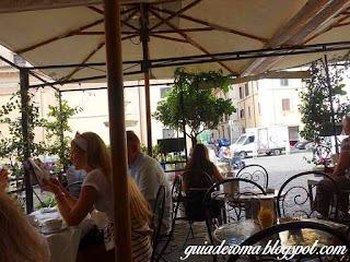 bairro monti tour portugues - O bairro Monti em Roma