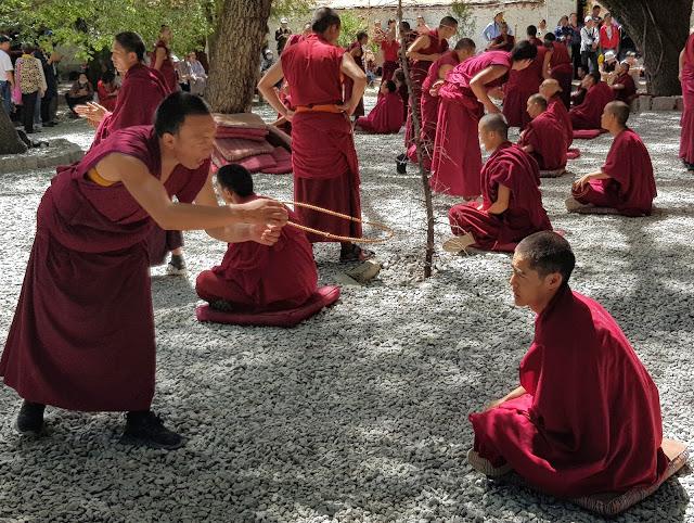 Monjes Tibetanos, Alexander Martínez de Mochila Expres