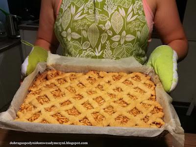szarlotka, jabłecznik, sprawdzone ciasto z jabłkami
