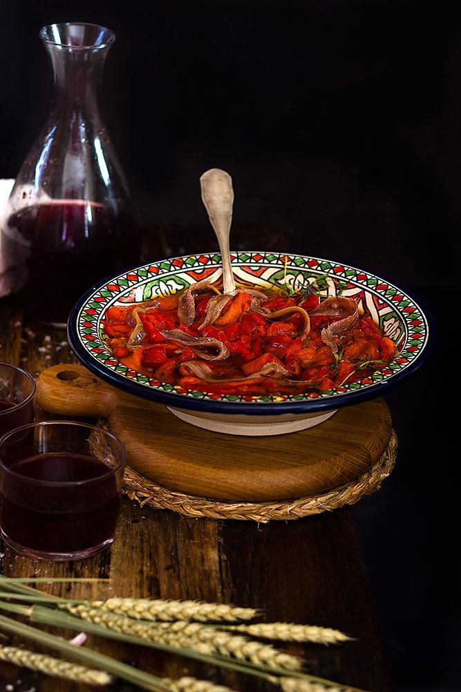 Yerbabuena en la cocina asadillo de pimientos manchego - Cocinar pimientos asados ...