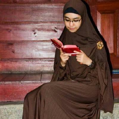 Model Baju Gamis Muslim Syar'i Untuk Remaja Terbaru