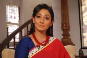 Biodata Shruti Ulfat (Pemeran Simran Raj Khurana)