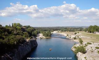 Vistas desde encima del Pont de Gard (Francia)