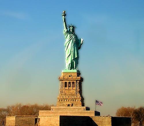 Famous World: Famous Monuments