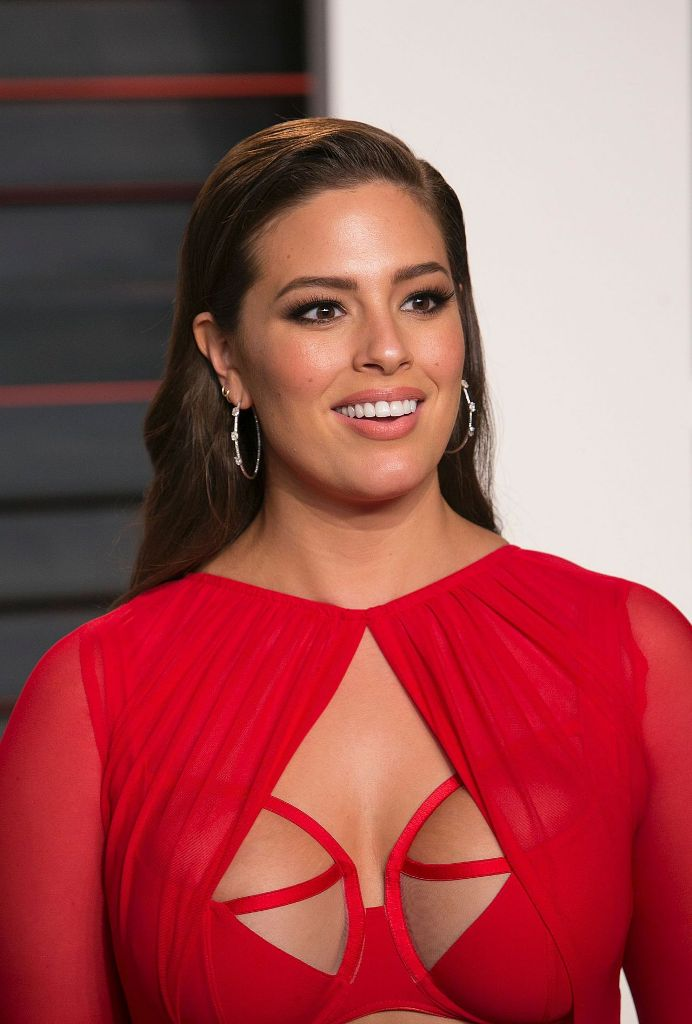 Ashley Graham: Vanity Fair Oscar 2016 Party In Beverly