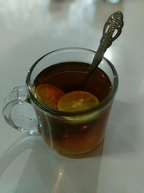 Teh Kampul Dengan Lemon Tea, Serupa Tapi Tak Sama